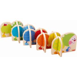 kleurrijk insteekspel 'Pomponrups'